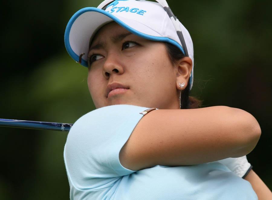 Pulsa en la imagen para verla en tamaño completoNombre: Mika Miyazato_2009_LPGA_Championship.jpgVisitas: 188Tamaño: 71.0 KBID: 1845